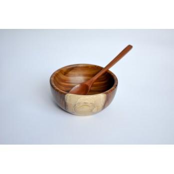 Bol et cuillère en bois de rose, repas zen dans les dojos