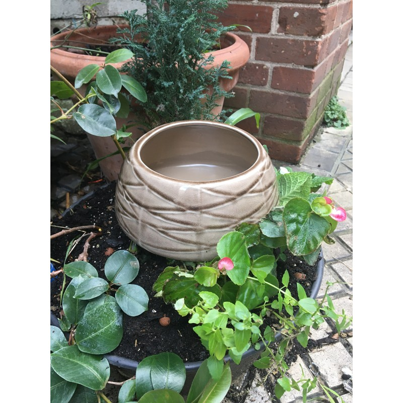 Vase brun pour ikebana et art floral