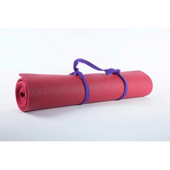 Tapis de yoga rouge, pour la pratique des exercices, la pleine conscience