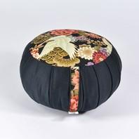 Ce weekend s'est produit l'équinoxe de printemps 2021. Pour accueillir cette nouvelle saison, nous avons créé une collection spéciale de zafus, zafutons et sacs à zafu. 🙂 Une collection à découvrir maintenant sur notre site. 🌸🌼